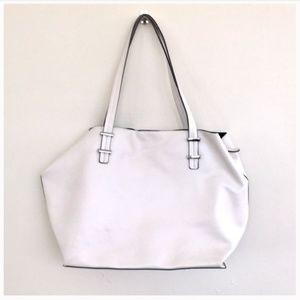 Fabletics tote bag faux leather white EUC
